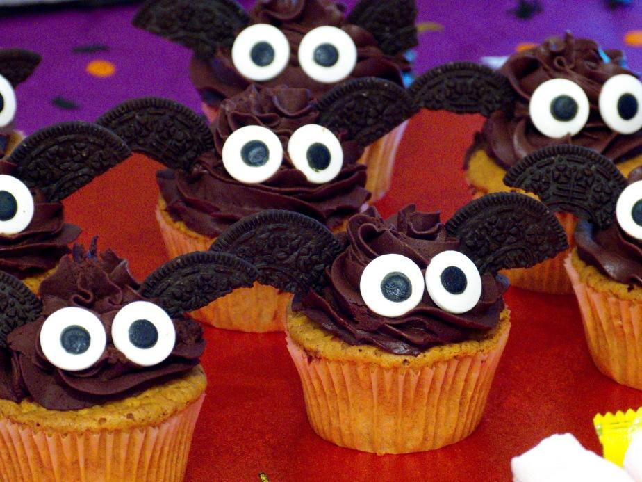 Bat Cupcakes de Calabaza y Trufa deChocolate