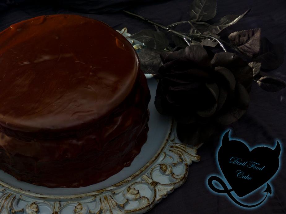 DEVIL'S FOOD CAKE {TARTA DELDIABLO}